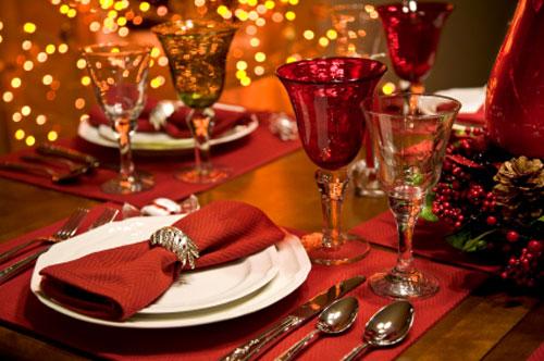 Dal rosso delle decorazioni al valore del rosso a tavola