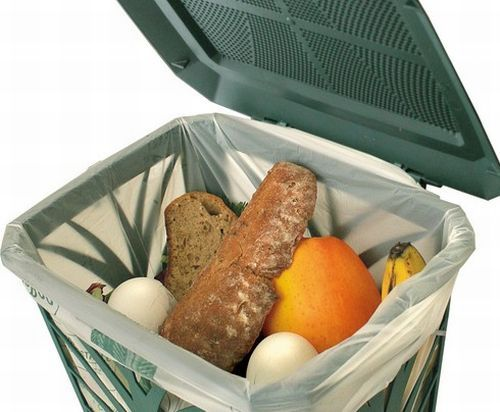 Gli sprechi in Italia cominciano dal piatto in cui mangiamo